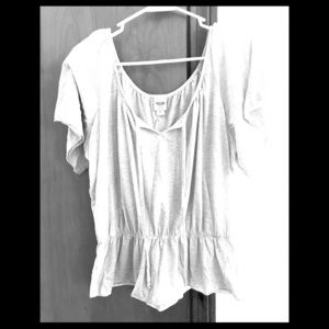 Mossimo Flowy Top Size Large